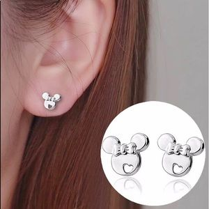🔆3/$30 New Sterling Silver Minnie Mouse Earrings